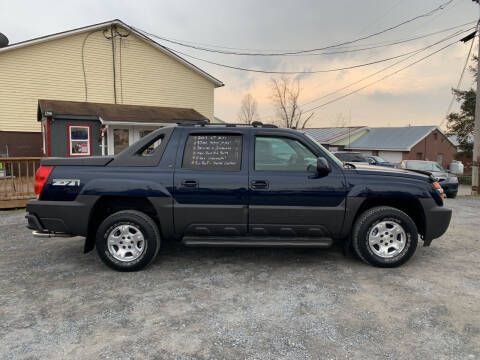 2005 Chevrolet Avalanche for sale at PENWAY AUTOMOTIVE in Chambersburg PA