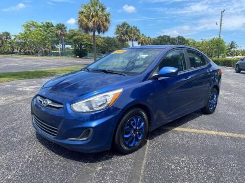 2015 Hyundai Accent for sale at Lamberti Auto Collection in Plantation FL
