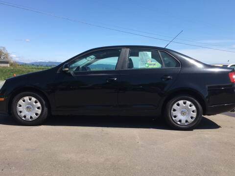 2007 Volkswagen Jetta for sale at M AND S CAR SALES LLC in Independence OR