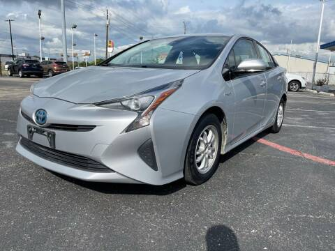 2017 Toyota Prius for sale at SOLID MOTORS LLC in Garland TX