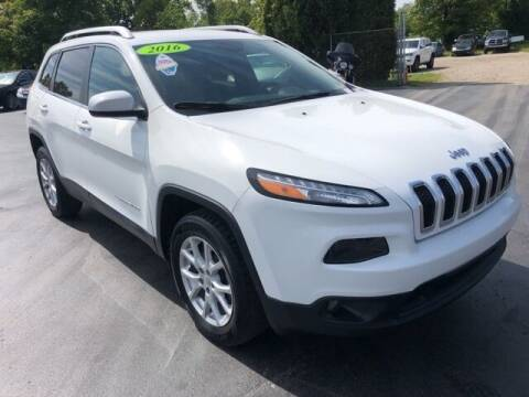 2016 Jeep Cherokee for sale at Newcombs Auto Sales in Auburn Hills MI
