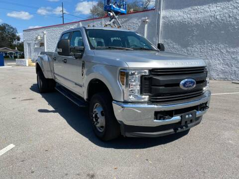 2019 Ford F-350 Super Duty for sale at LUXURY AUTO MALL in Tampa FL