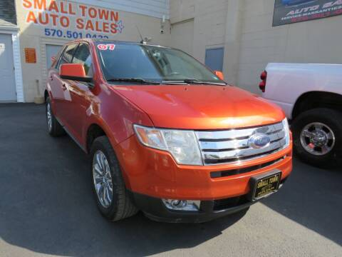 2007 Ford Edge for sale at Small Town Auto Sales in Hazleton PA