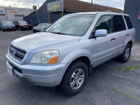 2005 Honda Pilot for sale at Ideal Car Sales in Los Banos CA