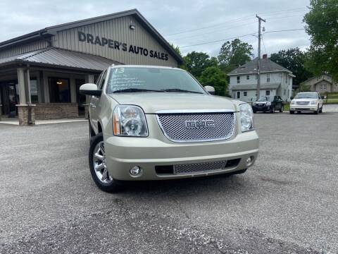 2013 GMC Yukon XL for sale at Drapers Auto Sales in Peru IN