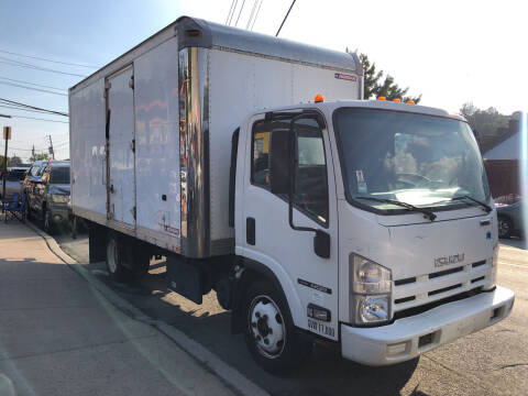 2012 Isuzu NQR for sale at Deleon Mich Auto Sales in Yonkers NY