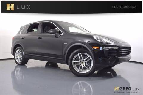2016 Porsche Cayenne for sale at HGREG LUX EXCLUSIVE MOTORCARS in Pompano Beach FL