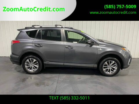 2017 Toyota RAV4 Hybrid for sale at ZoomAutoCredit.com in Elba NY
