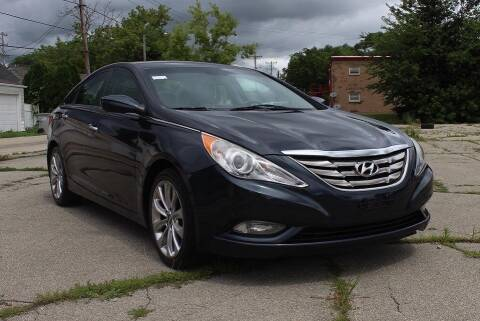 2013 Hyundai Sonata for sale at Square Business Automotive in Milwaukee WI