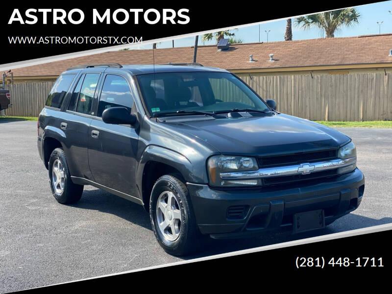 2004 Chevrolet TrailBlazer for sale at ASTRO MOTORS in Houston TX