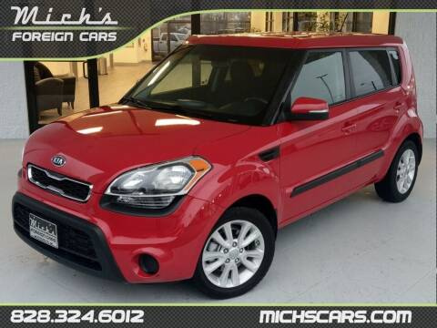 2012 Kia Soul for sale at Mich's Foreign Cars in Hickory NC