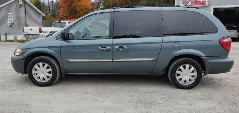 2005 Chrysler Town and Country for sale at Hilltop Auto in Prescott MI