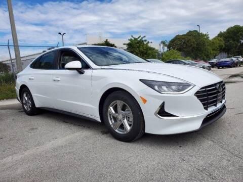 2022 Hyundai Sonata for sale at DORAL HYUNDAI in Doral FL