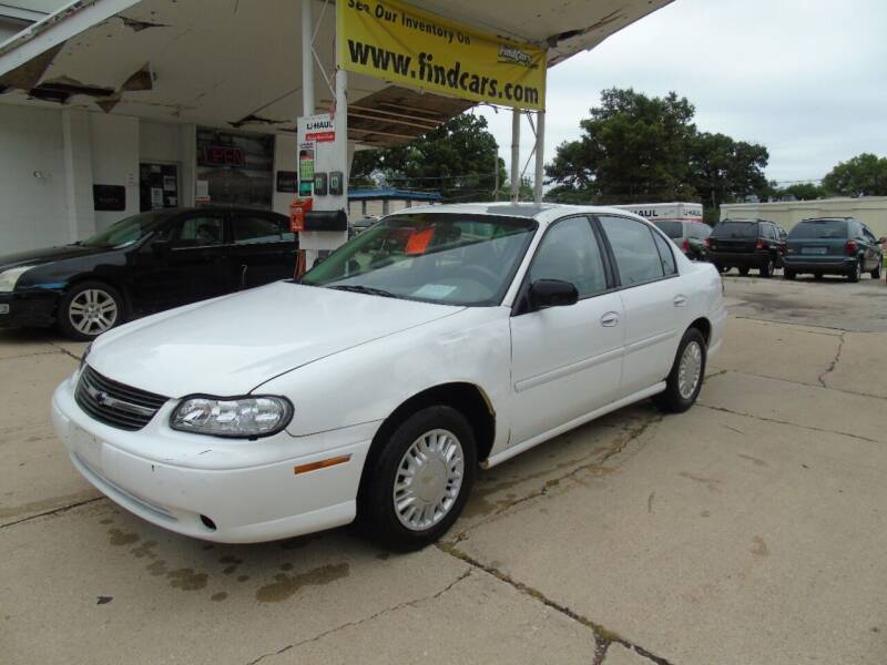 2000 Chevrolet Malibu for sale at C&C AUTO SALES INC in Charles City IA