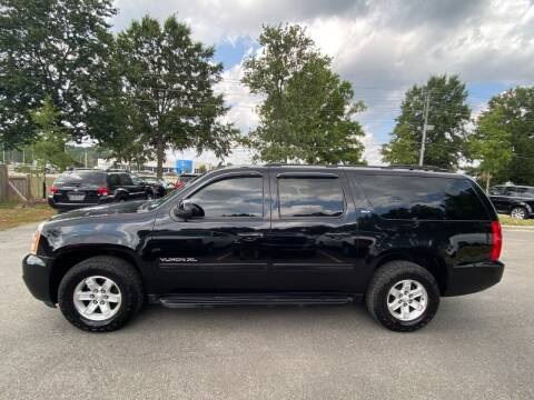 2013 GMC Yukon XL for sale at Econo Auto Sales Inc in Raleigh NC
