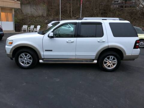 2007 Ford Explorer for sale at CHRIS AUTO SALES in Cincinnati OH