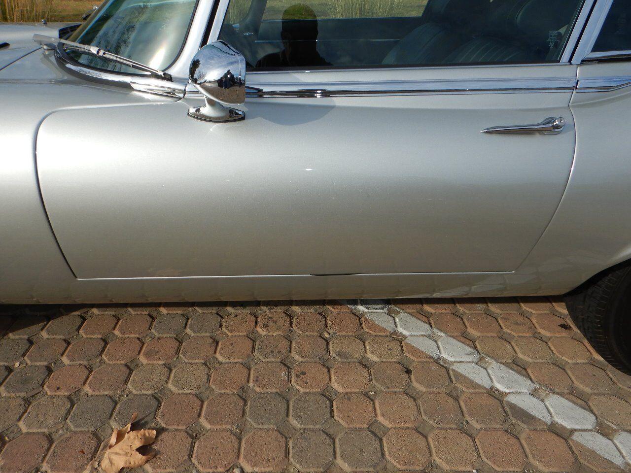 1973 Jaguar XKE 17