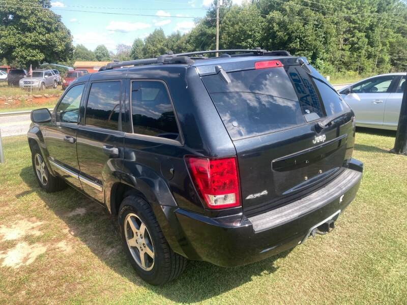 2005 Jeep Grand Cherokee for sale at UpCountry Motors in Taylors SC