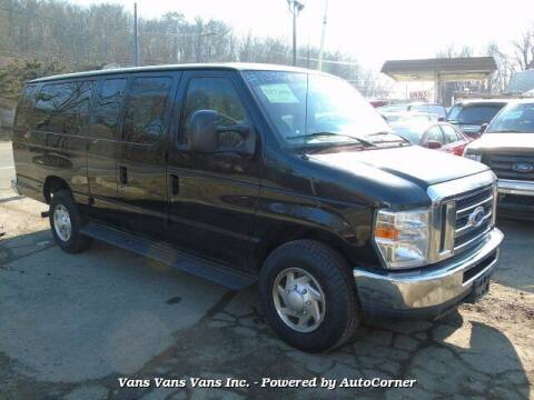 2014 Ford E-Series Wagon for sale at Vans Vans Vans INC in Blauvelt NY