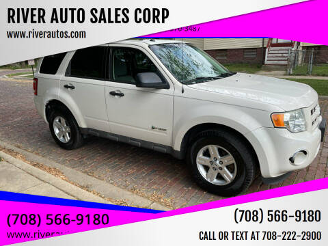 2009 Ford Escape Hybrid for sale at RIVER AUTO SALES CORP in Maywood IL
