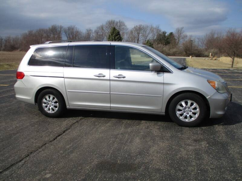 2009 Honda Odyssey for sale at Crossroads Used Cars Inc. in Tremont IL