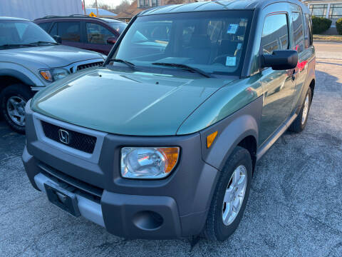 2005 Honda Element for sale at Best Deal Motors in Saint Charles MO
