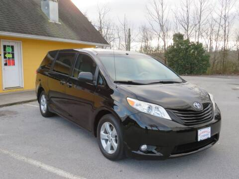 2012 Toyota Sienna for sale at Sevierville Autobrokers LLC in Sevierville TN
