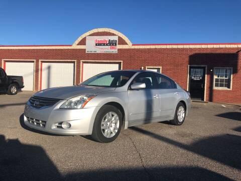 2012 Nissan Altima for sale at Family Auto Finance OKC LLC in Oklahoma City OK