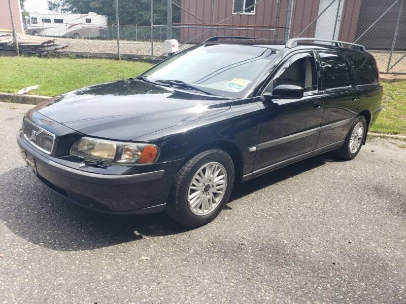 2004 Volvo V70 for sale in Lakewood, NJ