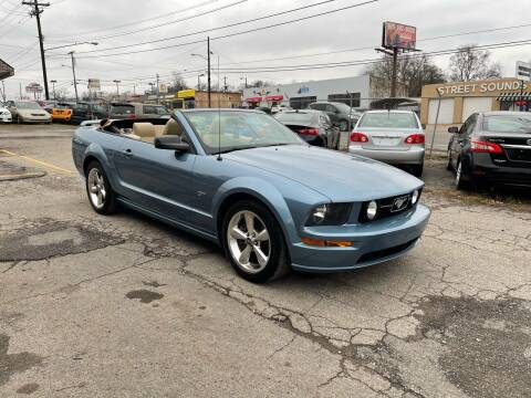 2006 Ford Mustang for sale at Green Ride Inc in Nashville TN
