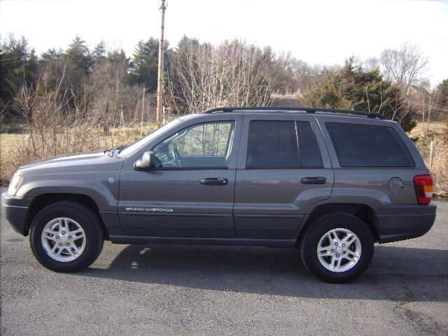 2004 Jeep Grand Cherokee for sale at Broadway Motors LLC in Broadway VA