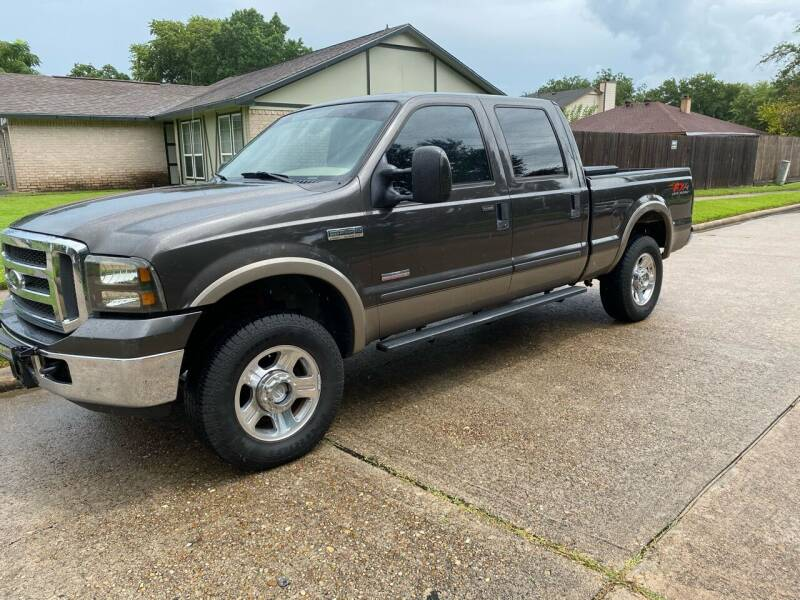 2005 Ford F-250 Super Duty for sale at Demetry Automotive in Houston TX