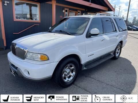 2001 Lincoln Navigator for sale at Sabeti Motors in Tacoma WA