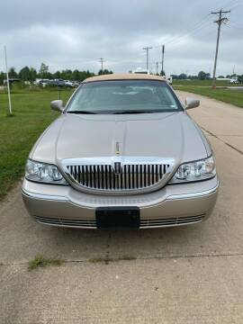 2003 Lincoln Town Car for sale at MJ'S Sales in O'Fallon MO