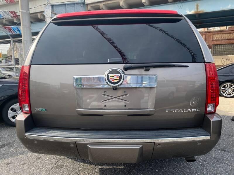 2011 Cadillac Escalade ESV AWD Luxury 4dr SUV - Philladelphia PA
