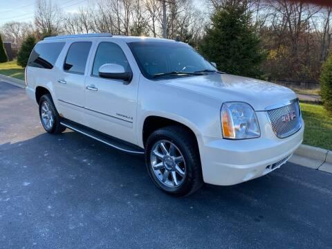 2009 GMC Yukon XL for sale at Encore Auto in Niles MI