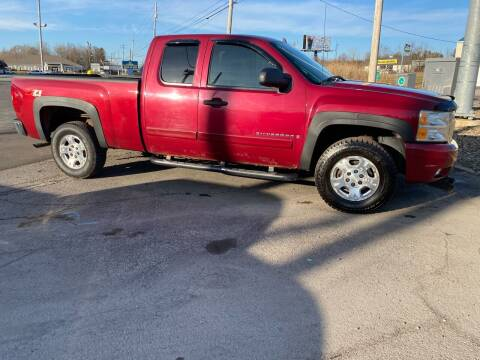 2007 Chevrolet Silverado 1500 for sale at Newport Auto Group in Austintown OH