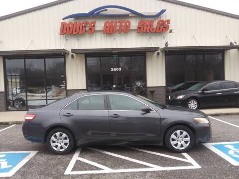 2010 Toyota Camry for sale at DOUG'S AUTO SALES INC in Pleasant View TN