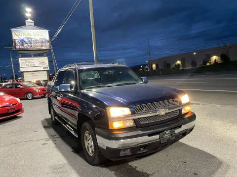 2006 Chevrolet Avalanche for sale at A & D Auto Group LLC in Carlisle PA