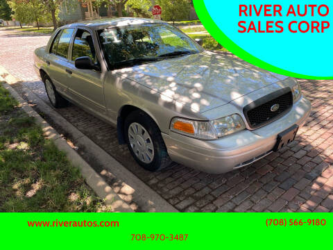 2011 Ford Crown Victoria for sale at RIVER AUTO SALES CORP in Maywood IL