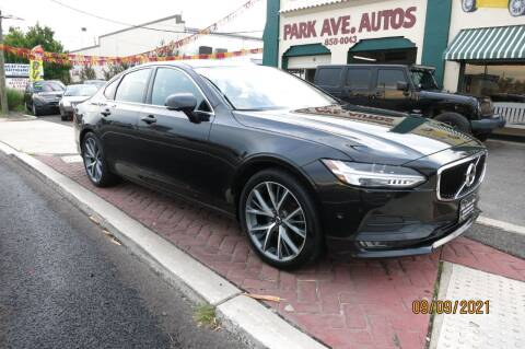 2017 Volvo S90 for sale at PARK AVENUE AUTOS in Collingswood NJ