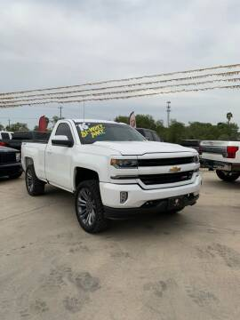 2016 Chevrolet Silverado 1500 for sale at A & V MOTORS in Hidalgo TX