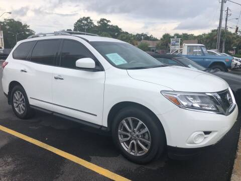 2015 Nissan Pathfinder for sale at GOLD COAST IMPORT OUTLET in St Simons GA