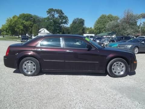 2005 Chrysler 300 for sale at BRETT SPAULDING SALES in Onawa IA