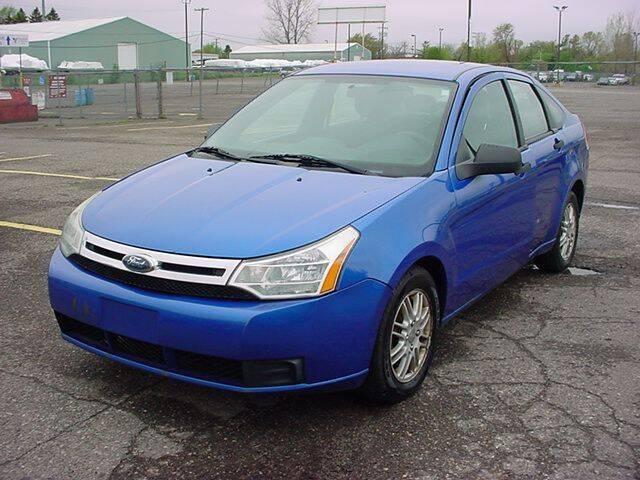 2010 Ford Focus for sale at VOA Auto Sales in Pontiac MI