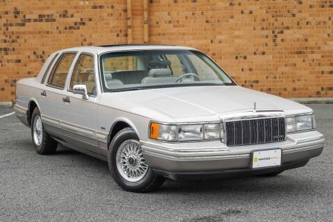 1992 Lincoln Town Car for sale at Vantage Auto Wholesale in Lodi NJ