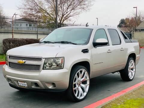 2007 Chevrolet Avalanche for sale at United Star Motors in Sacramento CA