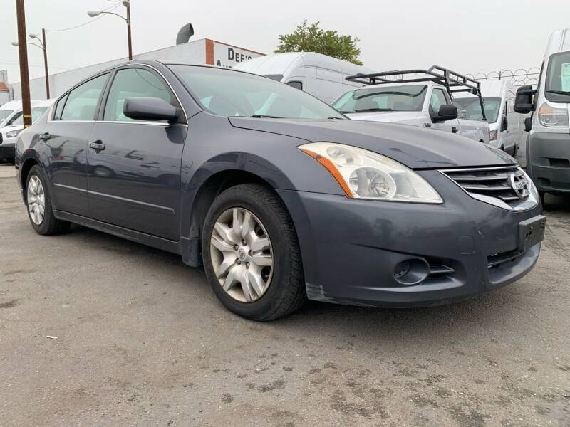 2012 Nissan Altima for sale at Best Buy Quality Cars in Bellflower CA