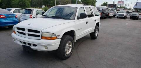2000 Dodge Durango for sale at Auto Choice in Belton MO
