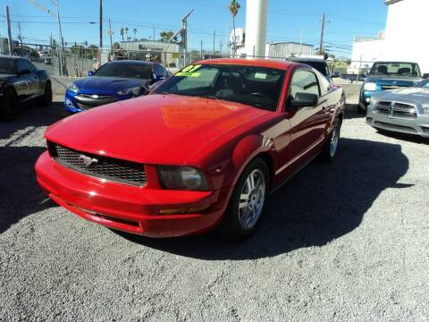 2007 Ford Mustang for sale at DESERT AUTO TRADER in Las Vegas NV